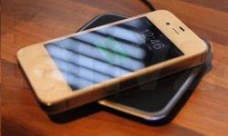 britannique modifie iphone 4s intégre recharge sans fil induction vignette
